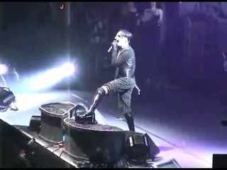 Marilyn Manson This Is The New Shit (live)