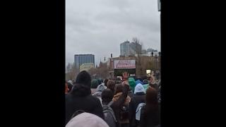 Митинг и шествие за Навального 21 апреля в Самаре. Полиция распылила газ