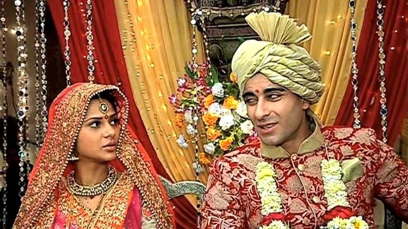 No Marriage For Saras And Kumud? Saraswatichandra