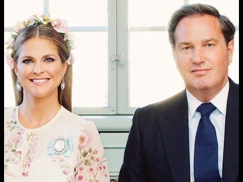 La ausencia de Leonor y Nicolás de Suecia marca las fotografías oficiales del bautizo de Adrienne de