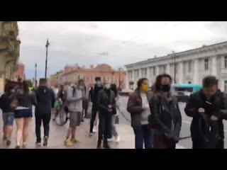 #necro_tv: Очередь в Петербурге подписать петицию против поправок в Конституцию