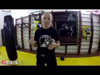 Как вырубить отморозка боксера, если он сильней. Советы инструктора спецназа.