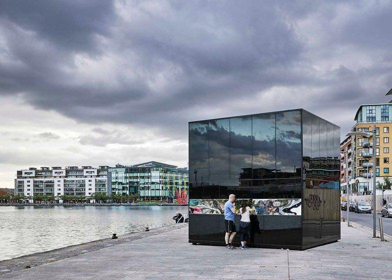 Glossy black pavilion in Dublin presents Ireland's oil consumption