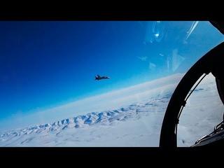 В Арктике прошли учения истребителей ТОФ по перехвату самолета нарушителя