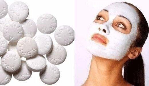 Для обновления кожи раз в неделю хорошо делать очищающую маску из аспирина.