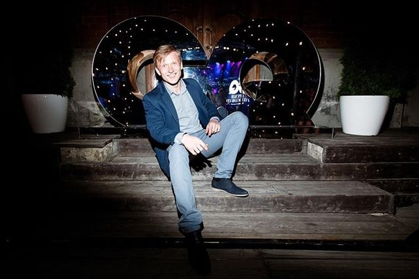 Vitaly Yanovsky: Вечеринка GQ «Время Голосовать» 📸by grebennikov_  #gq #gqчеловекгода #gqrussia #vjanowski