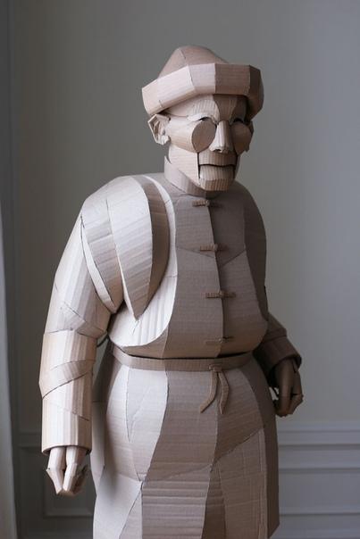 Картонные скульптуры жителей китайской деревни Американский скульптор китайского происхождения живущий в Стокгольме Уоррен Кинг (Warren ing) уже несколько лет воссоздает жителей небольшой