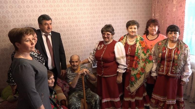 Вручение юбилейных медалей ветеранам в селе Львовском