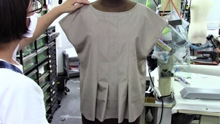 How to sew a Neck Tuck and Back Slit Open Pullover Blouse