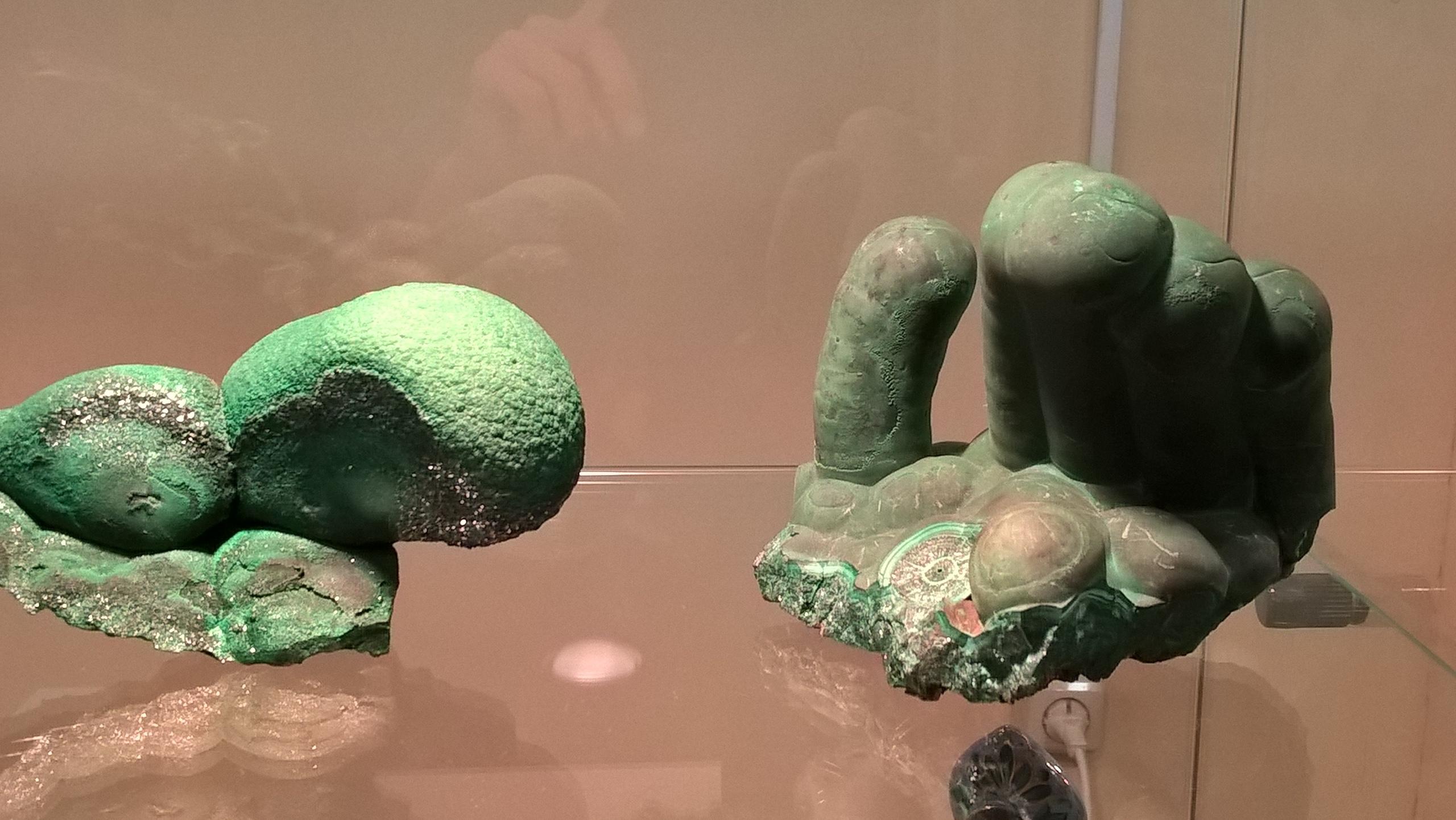 Красивые камни музея в Мурзинке