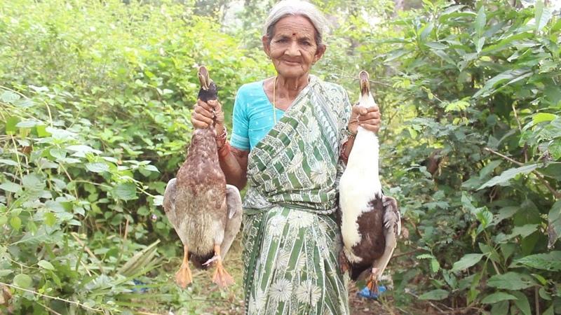 How To Cook Duck Curry My Grandma Village Style Myna Street Food Food Info