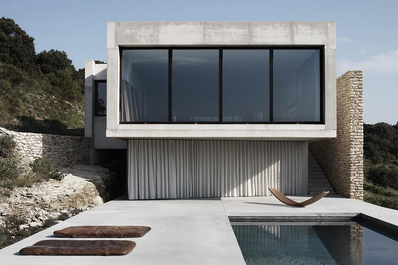 House G — загородная вилла по проекту Studio KO Designs, Франция.