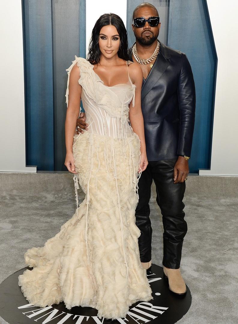 Ким Кардашьян в винтажном Alexander McQueen
