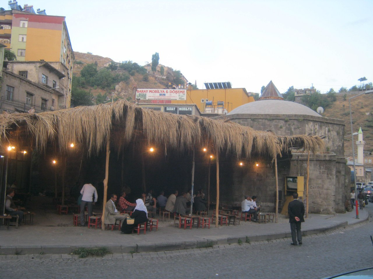 в восточной Турции старинная баня функционирующая