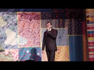 Русский парень - исполняет Н.Осмаков.