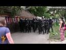 Бійка між спецпризначенцями та активістами Євромайдану у Харкові