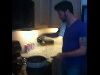 Piques — #howto  cook with your asian friend ft esa fungtastic #lol #loop #funny #vine
