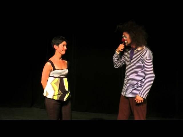Ученики театра Лицедеи, клоун-мим-театр МИМЕЛАНЖ, отрывок номера БЕССАМЕ