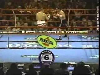 Hector Camacho vs Roberto Duran (2)  2 - 4