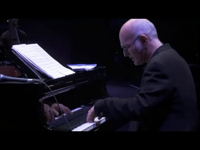 Ludovico Einaudi THE ROYAL ALBERT HALL CONCERT 2010