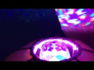Цветная вращающаяся LED лампа для вечеринок