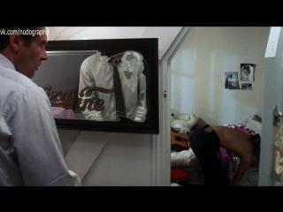 """Эмманюэль Сенье (Emmanuelle Seigner) топлес в фильме """"Неукротимый"""" (Frantic, 1988, Роман Полански)"""