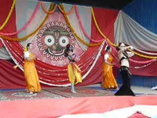 Фестиваль Индии  выступление Александры Пушновой и танц.группы