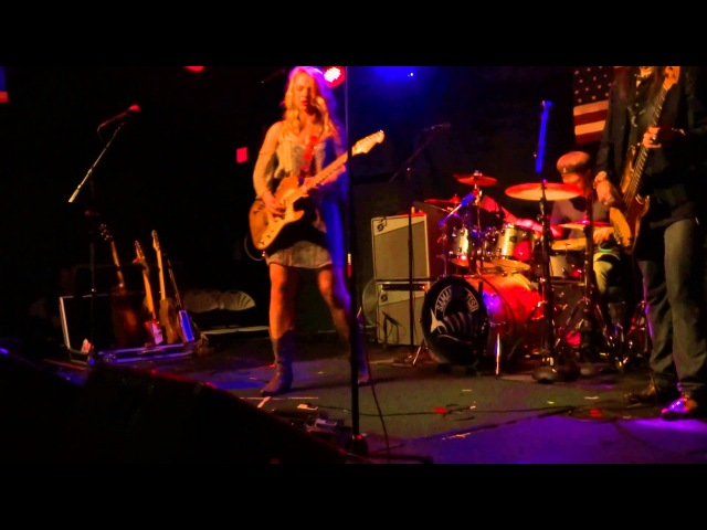Samantha Fish smoldering version of I PUT A SPELL ON YOU