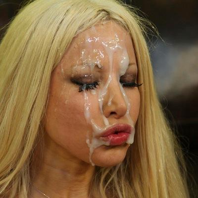 аццкий фото женского тела сфоткали сами себя голые критики пишите свои