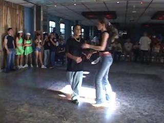 En Cuba En el Baile de Casino NO SE MARCA PARA ATRAS