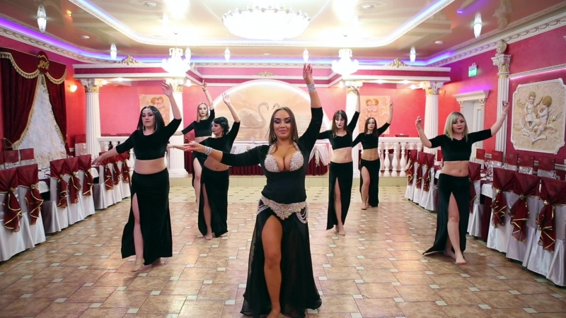 Jowanna Mallah - Albak eref el gharam Habibi Style Show Юлия Хабиби