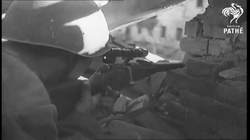 Снайпер Анатолий Чехов за работой съемки оператора Орлянкина Сталинград