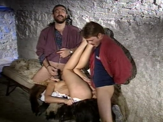Пленницы 2 / Les Captives 2 (Mario Salieri) [1996, Feature, Hardcore anal, Prison, Slut MILF, rough Sex] Порно фильм с сюжетом