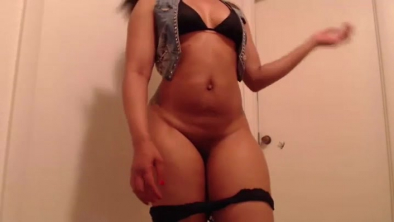 Slim Thick Cam w Honey Cakes pt. 3 HD big ass butts booty tits boobs bbw pawg curvy mature