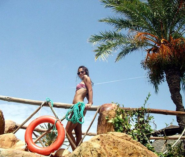 Катя Бруховецкая: 😎☀️🌴 #вызовпринят  От aleksandrkarpuk  #фото5летназад #2013 #summer #swag #tunisia