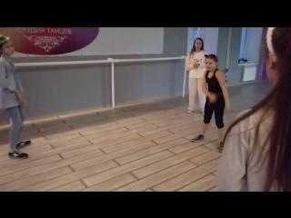 Hip-hop kids 10-13 лет Новогднее занятие