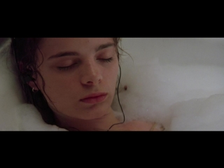 Gabrielle anwar, meg tily nude - body snatchers (1993) hd720p web-dl