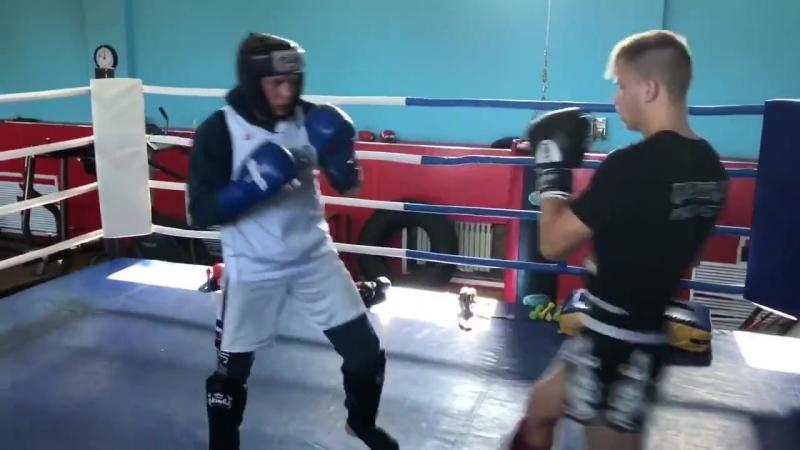 Алексей Близнёв работает в ринге