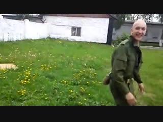 угарный прикол в армии зачетный и смешной видос