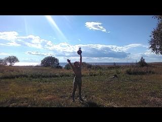 Силовое жонглирование гирями. Отработка бросков по схеме 1-2-3