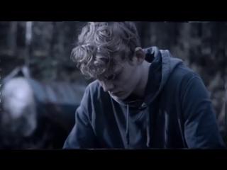 the rain / rasmus / lucas lynggaard tønnesen // vine edit ˜ roll call