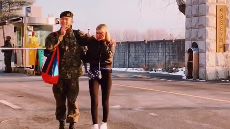 Stefanie Michova встречает Beenzino из армии