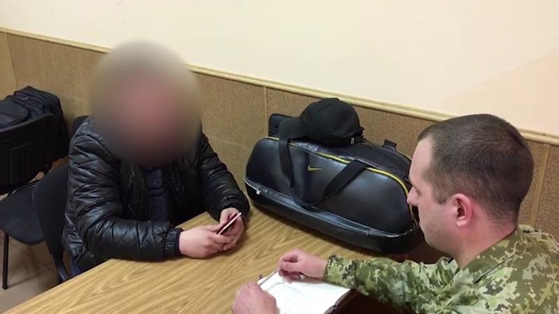 Двоє співробітників внутрішніх справ РФ попросили політичного притулку в Україні