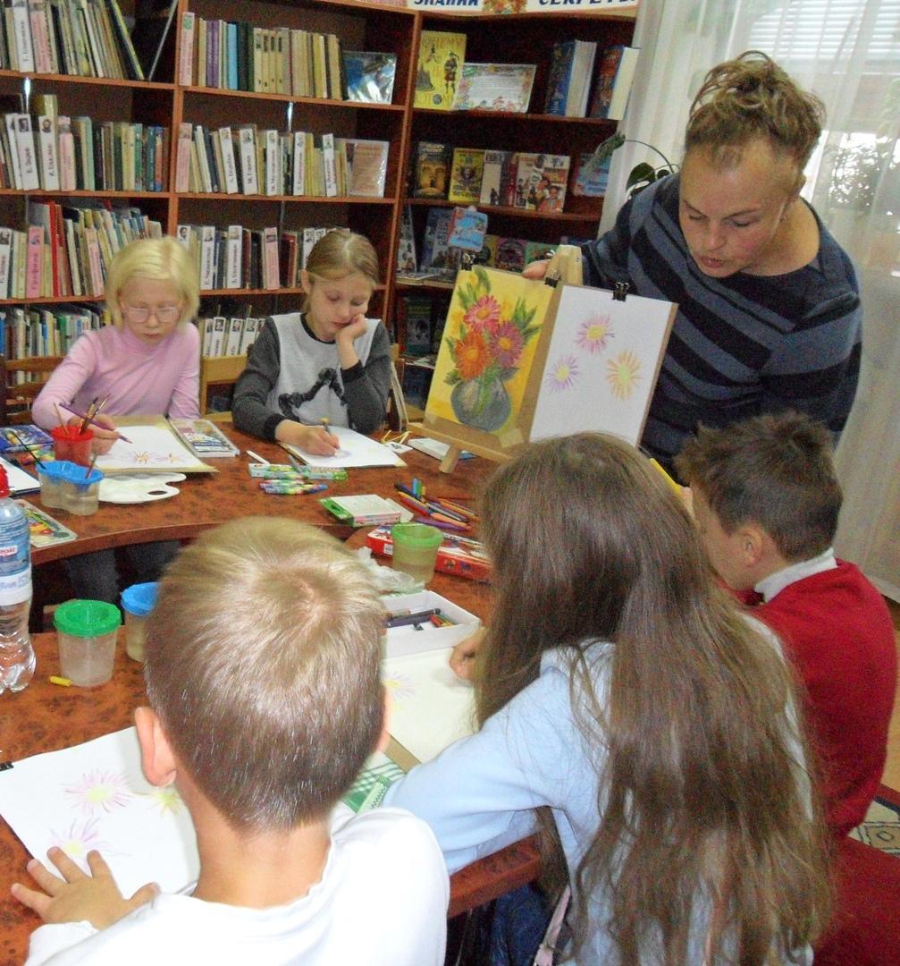 донецкая республиканская библиотека для детей, отдел искусств, в библиотеке интересно, кружки библиотеки, кружок рисования