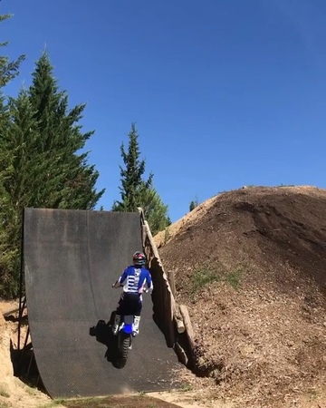 """Motocross on Instagram Alley Oop 540 Are you shitting me🙄Skills or nah 🥇@tompages @iponelube"""""""