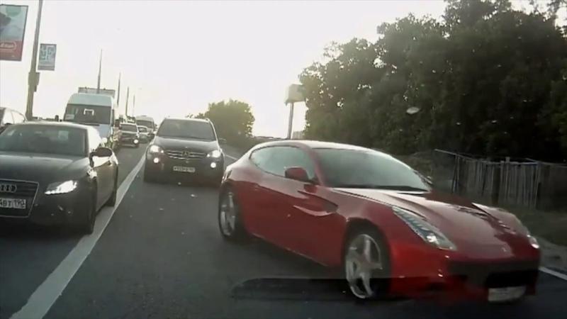 Idiots on wheels   Идиоты В рули!