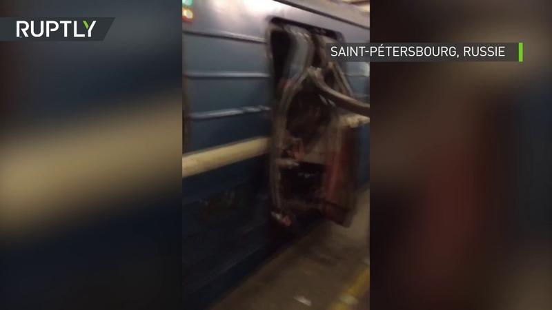 Saint-Pétersbourg les secondes qui ont suivi l'explosion qui s'est produite dans la rame du métro