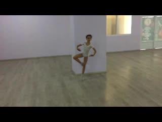 Paquita 2nd variation - Ballet Routine - Ioana 9 y