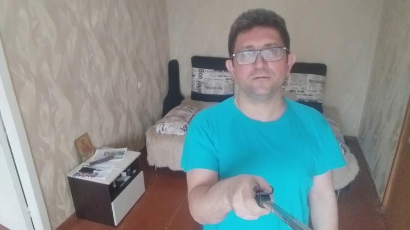 Александр Смольков в самоизоляции решил заняться уборкой