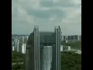 Самый высокий искусственный водопад в мире